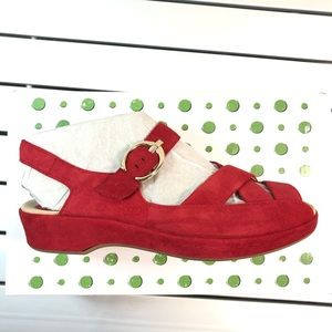Earthies 6.5 sandal red marlina